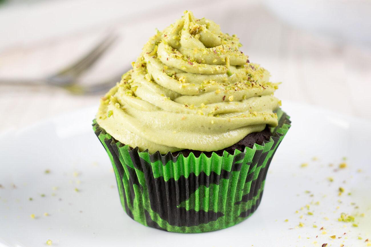 Tolle Pistazien-Cupcakes, ganz ohne Zucker und Mehl
