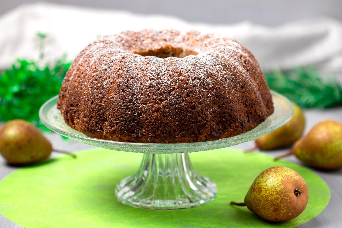 Der Birnenkuchen mit Käsekuchenkern ist lecker Low Carb und glutenfrei.