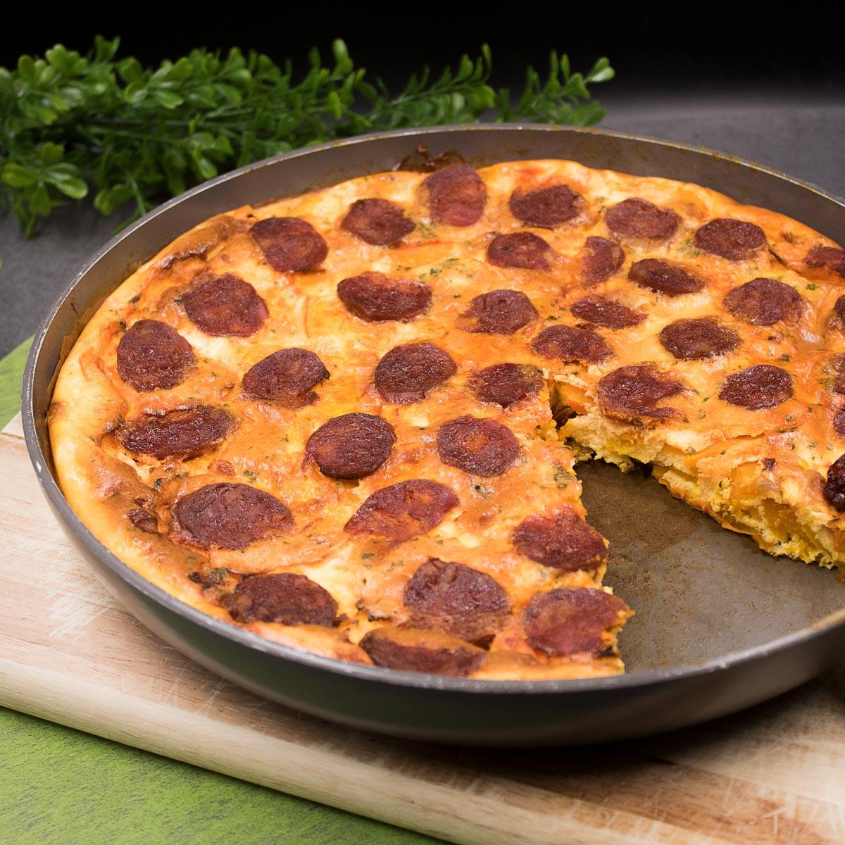 Low Carb Kürbis-frittata mit Chorizo