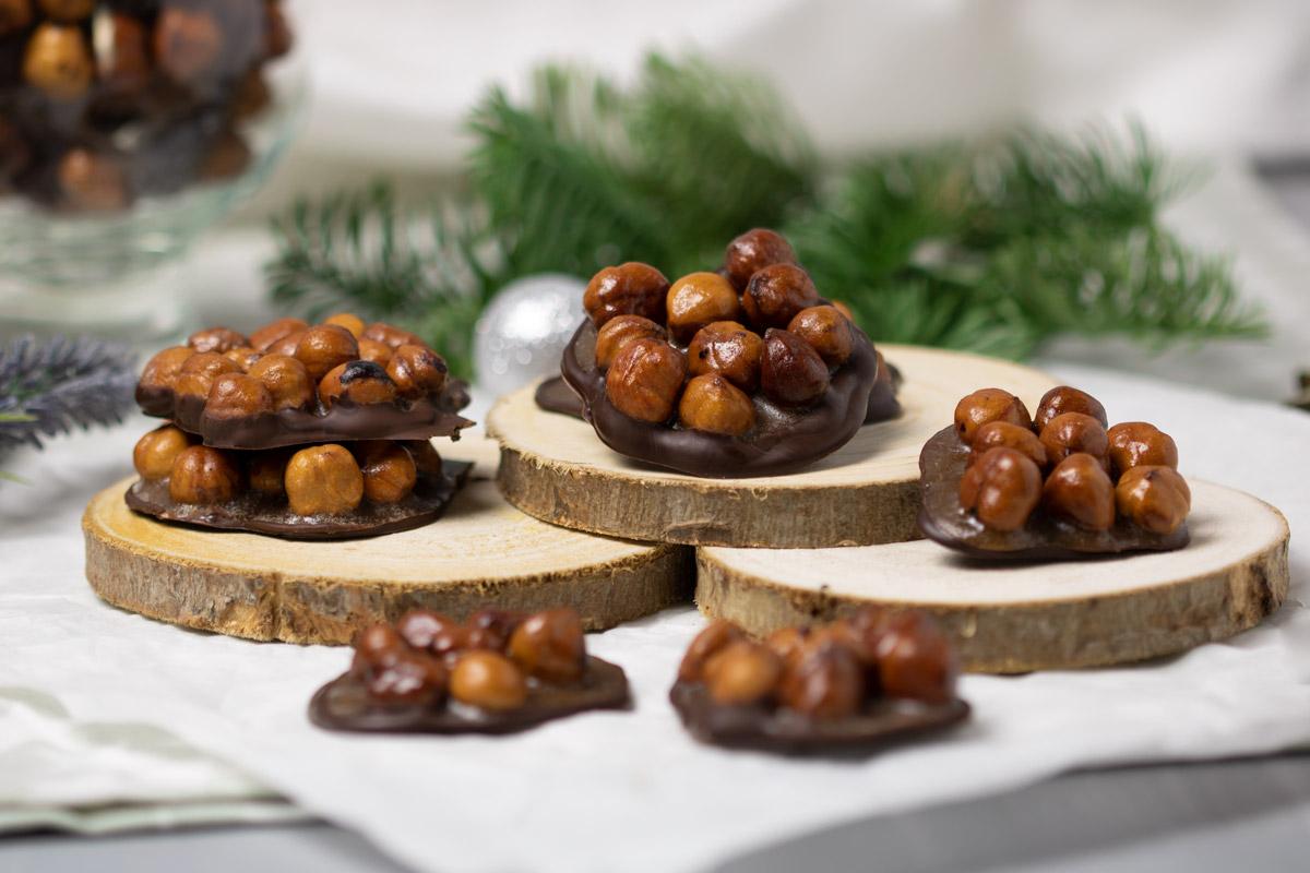 Die leckeren Nussknacker sind ein perfekter Low Carb Snack zu Weihnachten. Das Rezept schmeckt lecker und ist auch nicht aufwendig.