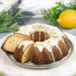 Der Zitronenkuchen ist Low Carb, glutenfrei und zuckerfrei.