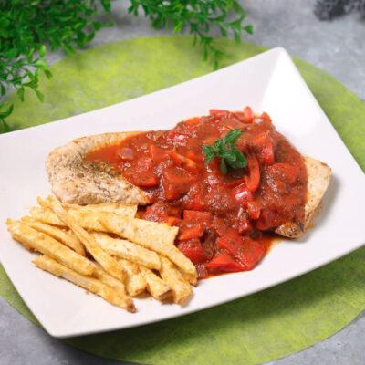 Das Paprika-Schnitzel mit Sellerie-Fries ist ein Low Carb Gericht was auch noch gesünder ist als das Original.