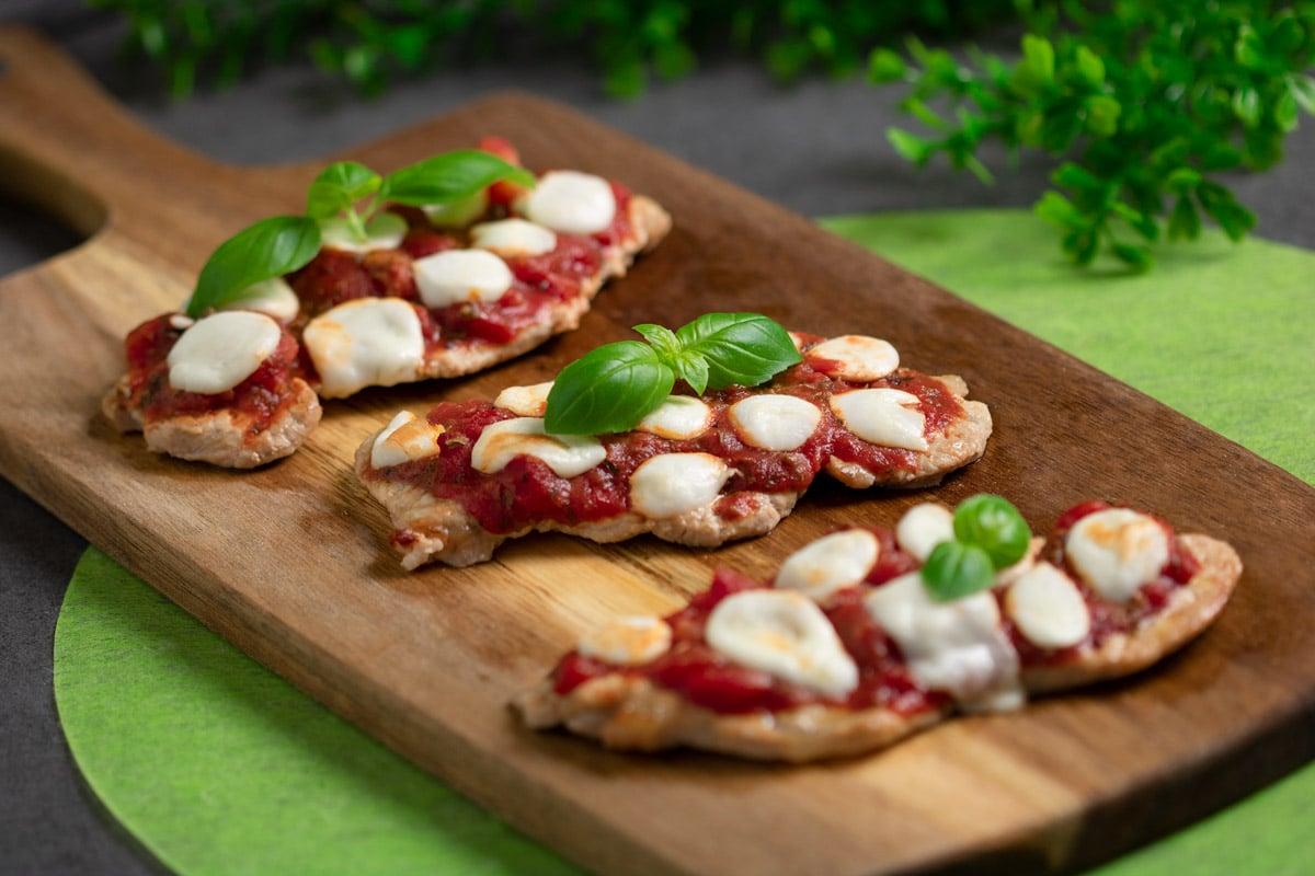 Leckere Schnitzelpizza