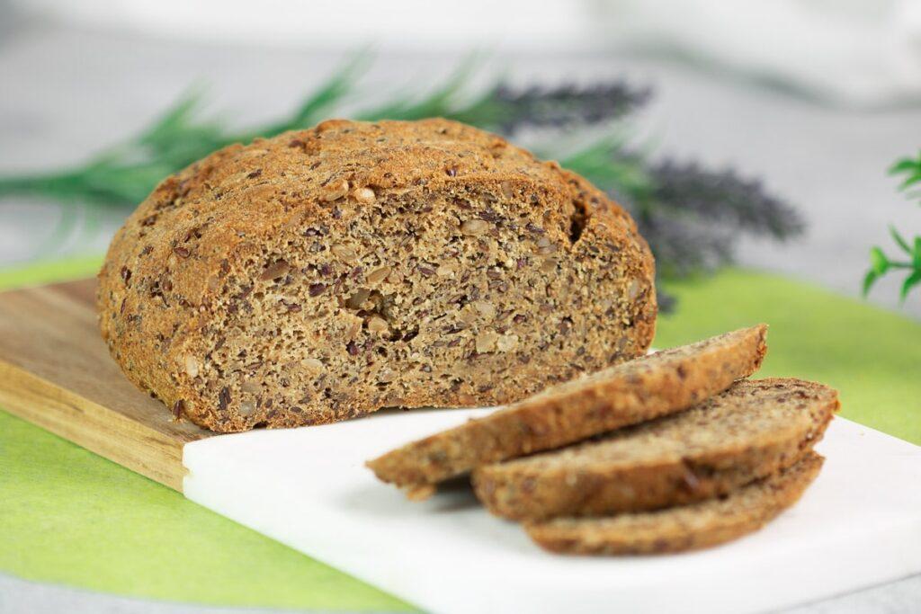 Veganes Körnerlaible - Low Carb, glutenfrei, sojafrei und super lecker!