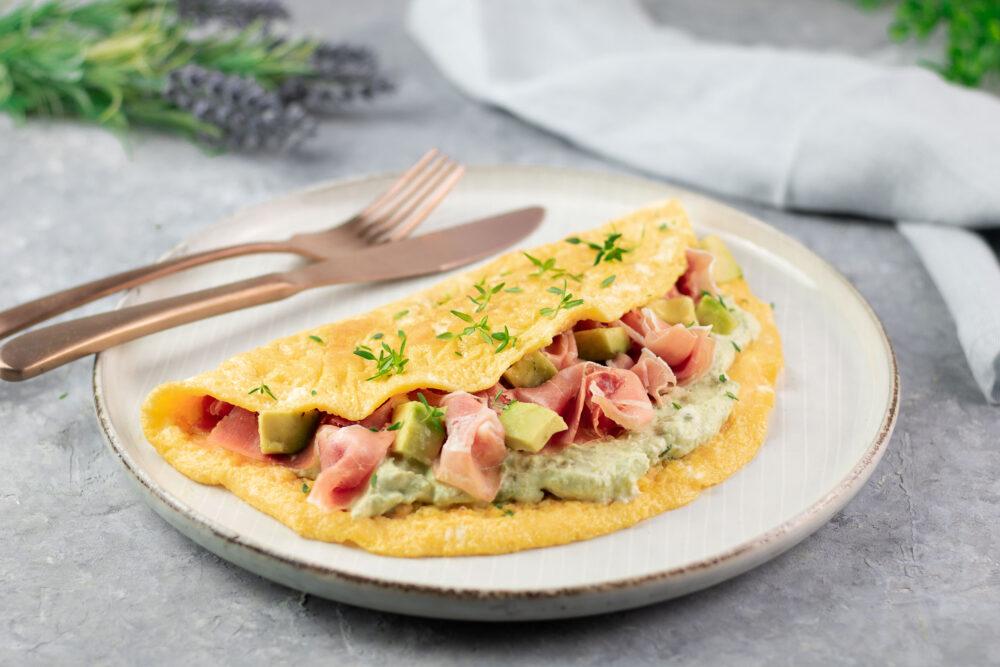Avocado-Serrano-Omelett