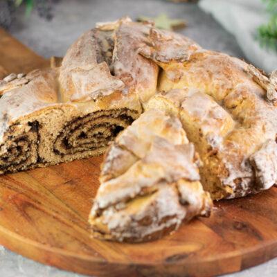 Der Nougat-Zopf ist ein leckerer Low Carb Hefezopf oder auch Striezel genannt. Das Rezept ist zudem auch noch glutenfrei und ohne Zucker.