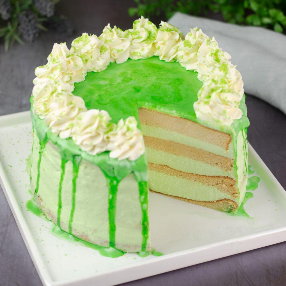 Grüne Cider-Waldmeister-Torte