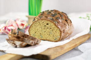 Das Kürbiskernbrot ist ein leckeres Low Carb Brot ohne Kohlenhydrate