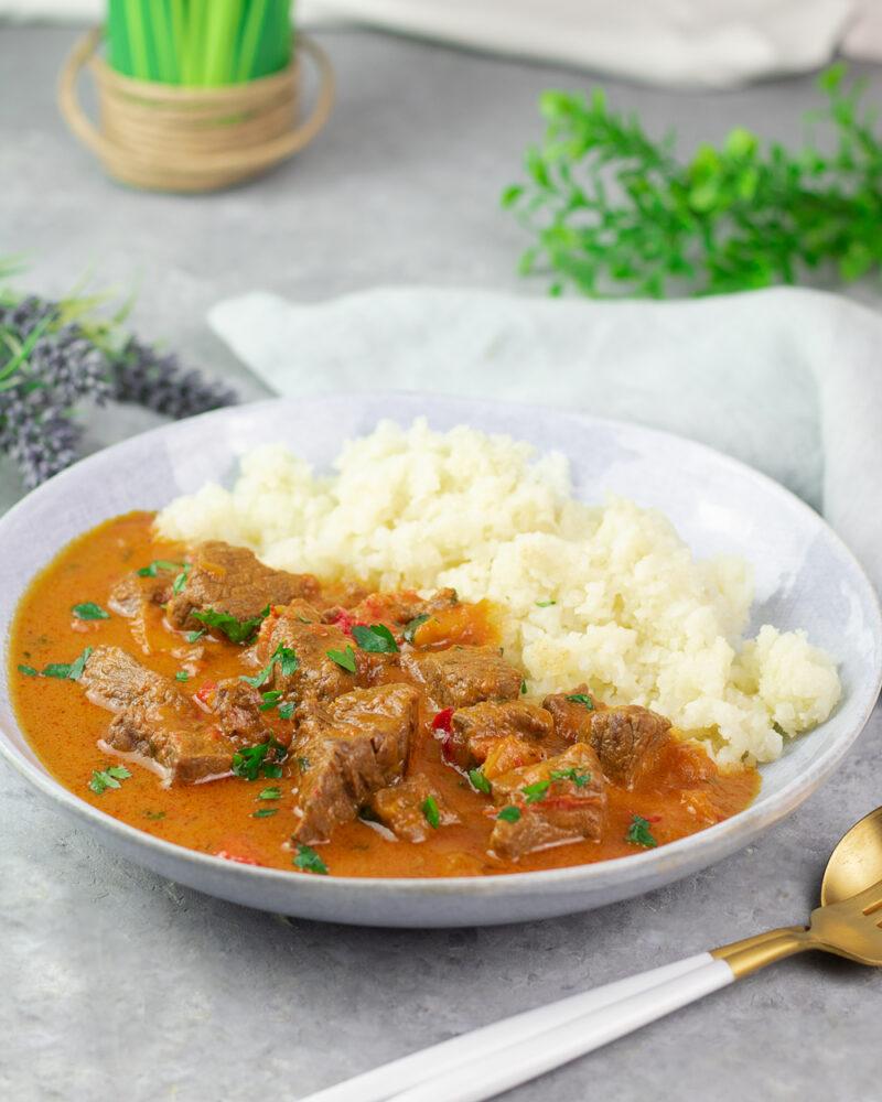 Rinder-Curry für jeden Anlass. Gesund, lecker ohne Kohlenhydrate!