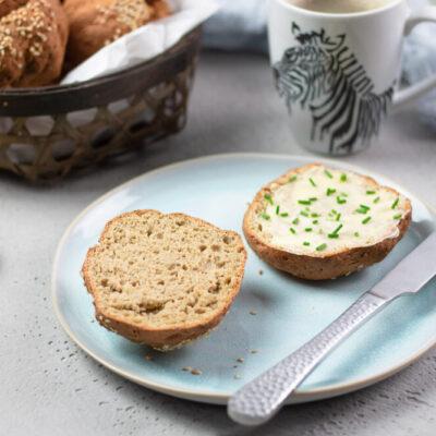 Die Sesambrötchen sind lecker, glutenfrei und gesund!