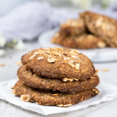Low Carb XXL Hazelnut-Cookies