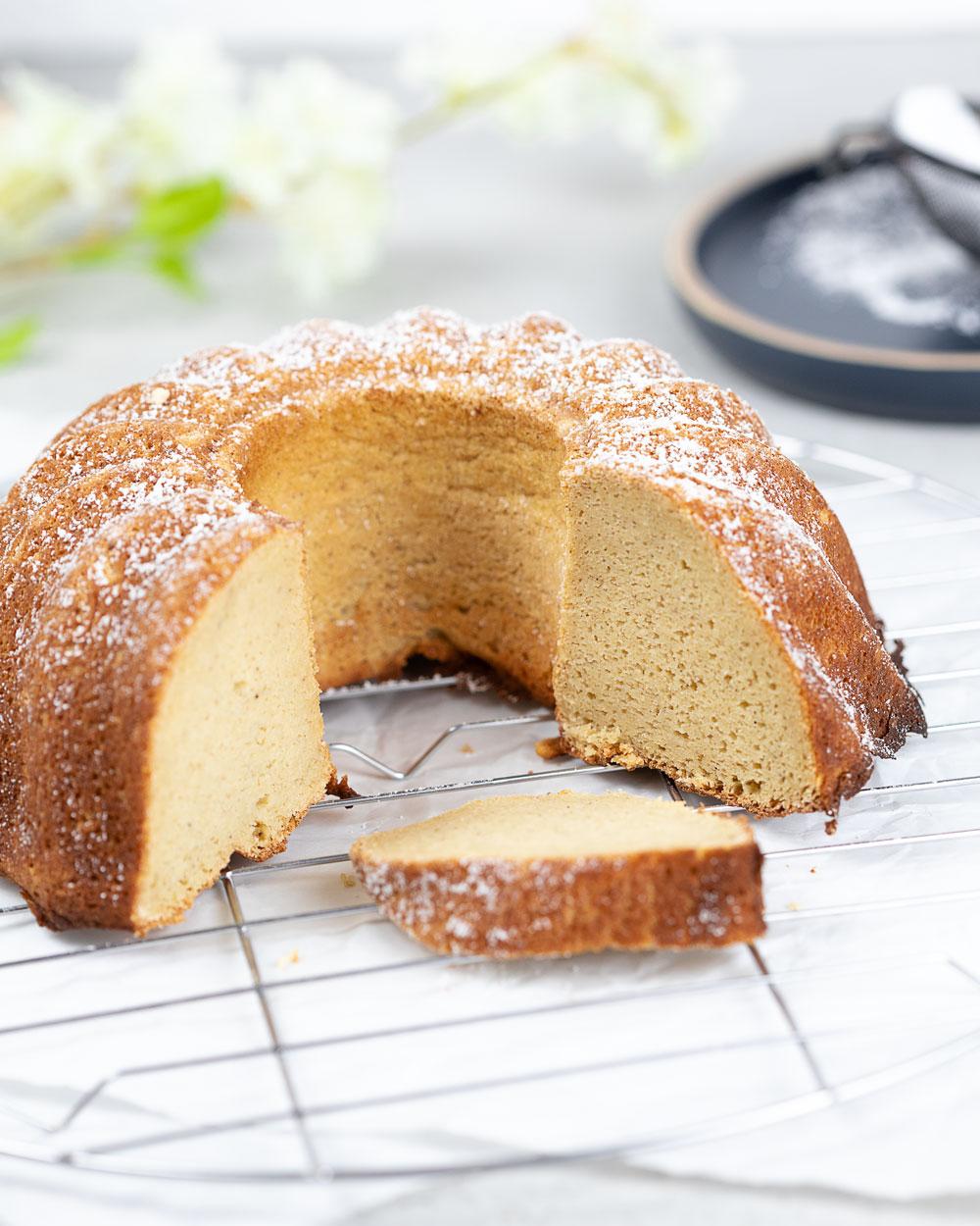 Low Carb Rührkuchen ohne Mehl und Zucker