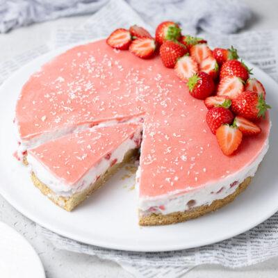 Kokos-Erdbeer-Torte - Low Carb und Keto