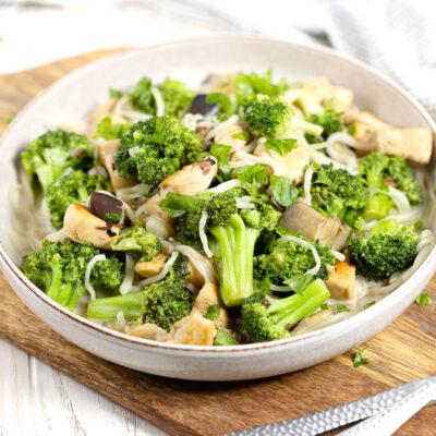 Leckeres Low Carb Gericht: Aubergine-Brokkoli-Pfanne