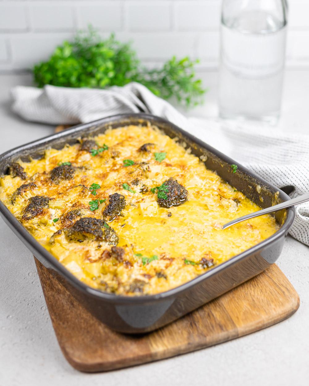 Keto Brokkoli-Reis-Auflauf